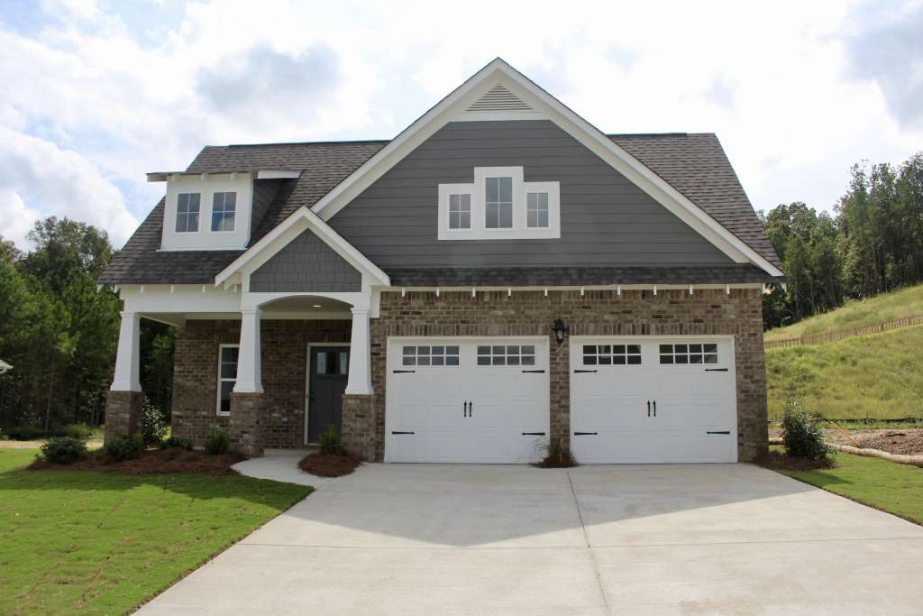 Holiday buyer incentives available for this new home at Woodridge in Gardendale AL