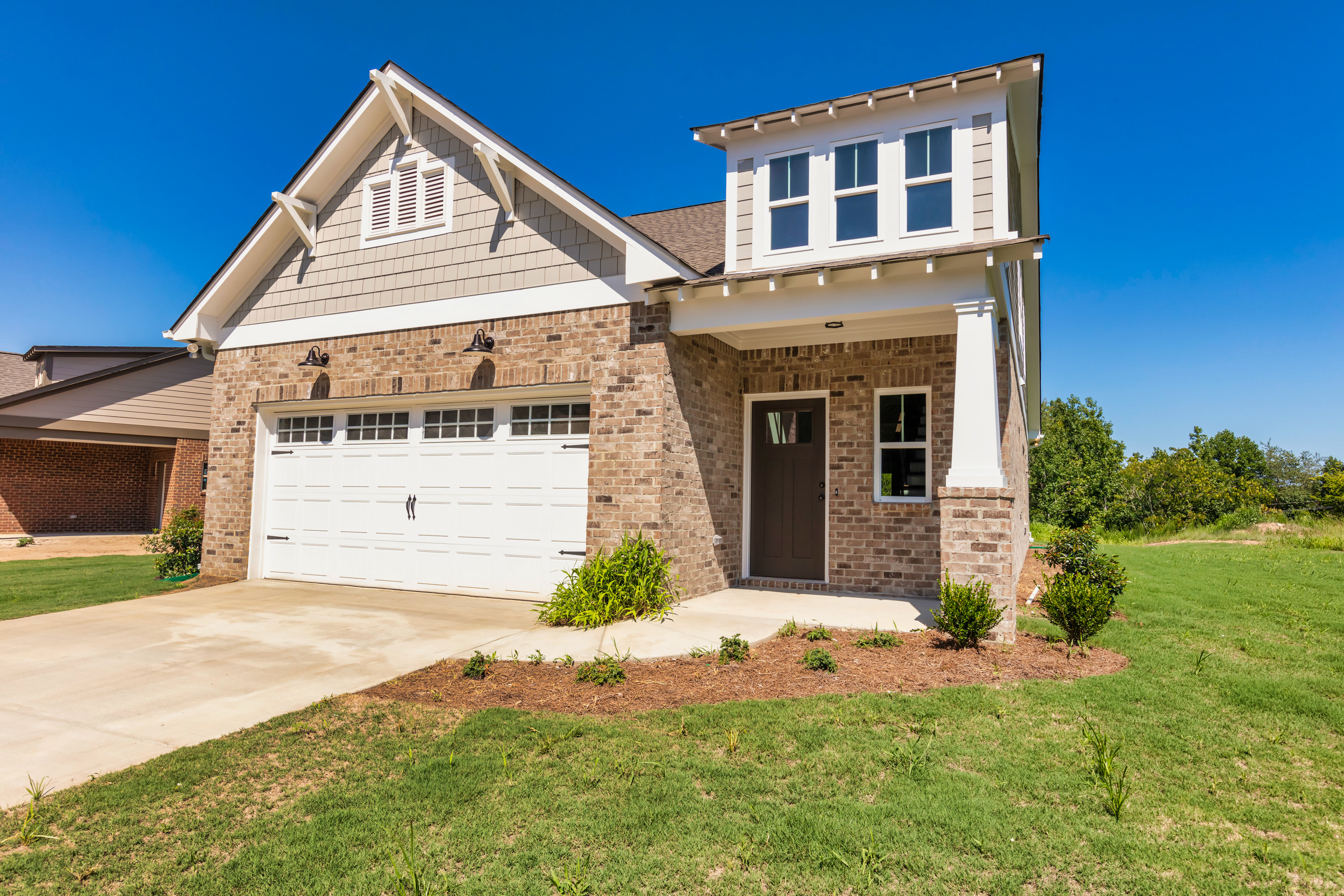 Incentives in Woodridge for buyers and agentsd