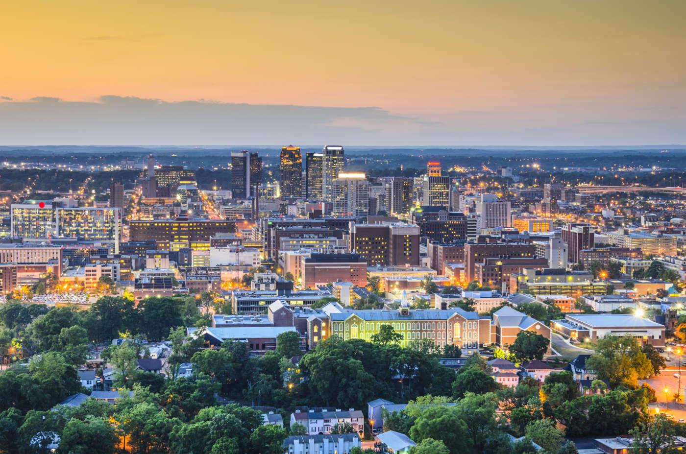 A view of Birmingham [Sean Pavone] © 123rf